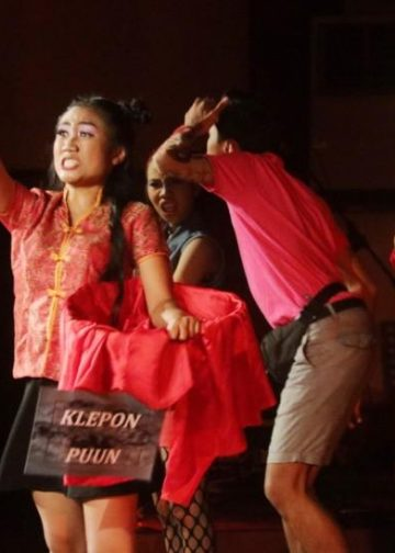 Pementasan Teater Tiga SMAN 3 Denpasar