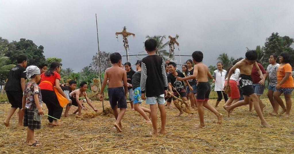 Megandu Permainan Tradisional Dari Tanah Ole Catatan Festival Ke Uma 2017 Tatkala Co