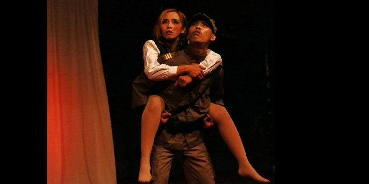 Pentas teater Selem Putih dengan judul Revolusi di Nusa Damai. /Foto-foto: Doni Marta