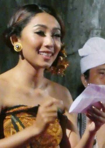 Kidung Hredaya dari Sanggar Bajrajnyana Musik Teater di Mahalango, di Taman Budaya Denpasar, 8 Agustus 2017.