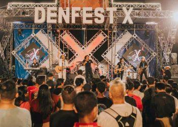 Atraksi Antrabez pentas di Denfest 2017