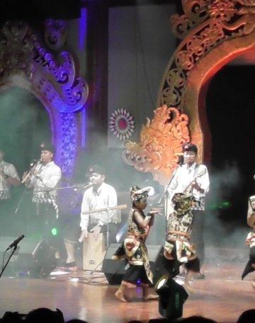 Pentas Emoni di Taman Budaya Denpasar