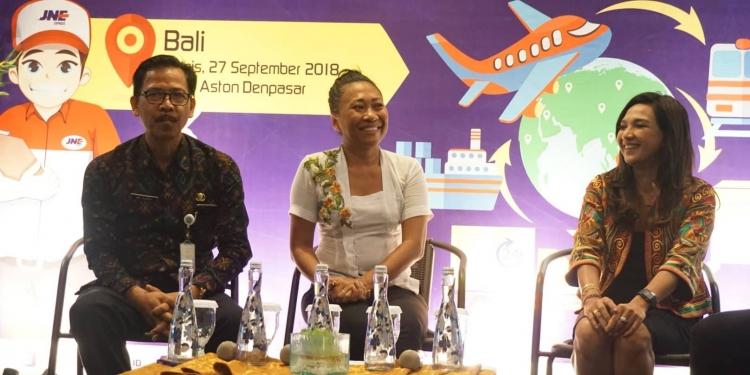 """Kopiwriting"", talkshow dan diskusi interaktif bertajuk ""Dari Lokal untuk Global"" di Hotel Aston Denpasar, Kamis, 27 September 2018."