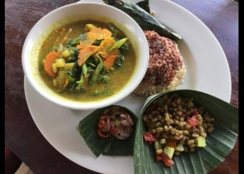 One menu at Dayu's Warung - Ubud. (The picture was taken from the TripAdvisor Review)