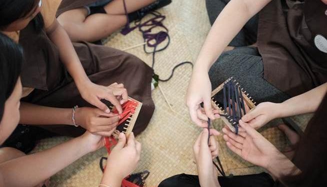 Pameran 'Hands On'! Charcoal For Children (CFC) 2019 di CushCush Gallery
