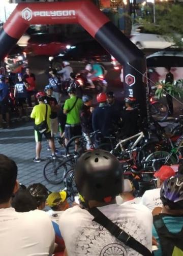 Suasana sebelum acara gowes Night Ride Ramadhan 2019 dimulai