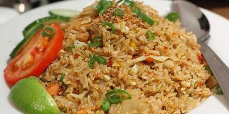 Foto ilustrasi: youtube, cara membuat nasi goreng enak