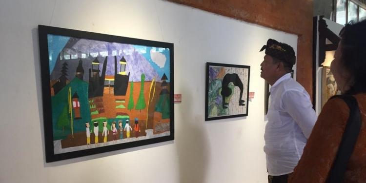 """Pameran seni rupa bertema """"Kemerdekaan Ekspresi Anak Muda Kekinian"""".  di Taman Budaya Bali"""