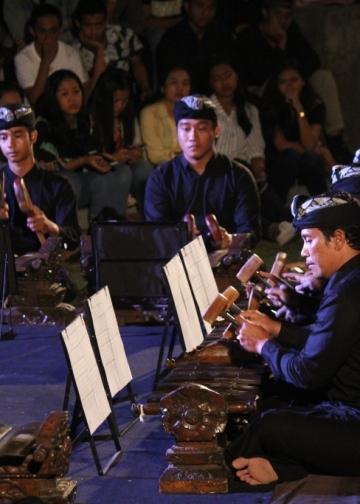 rOrAs Ensemble membawakan komposisi Word in Iron di Bentara Budaya Bali (Foto Bentara Budaya Bali)