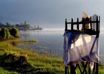 Foto ilustrasi oleh Mursal Buyung