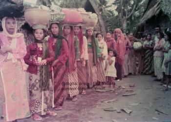 """""""Mejunjungan"""", Tradisi Unik Guyup Bugis Melayu Pesisir Pengambengan yang Masih Tersisa"""