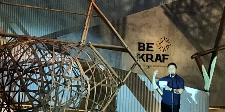 Kepala Badan Ekonomi Kreatif Triawan Munaf meresmikan ART • BALI 2019  (Foto: FB/Kadek Purnami)