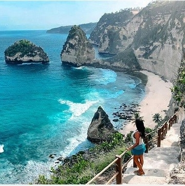 Diamond Beach (sumber: lifestyle.okezone.com)