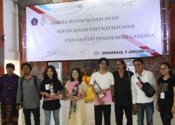 Para juara lomba musikalisasi puisi Dies Natalis Undiksha Singaraja, 2019