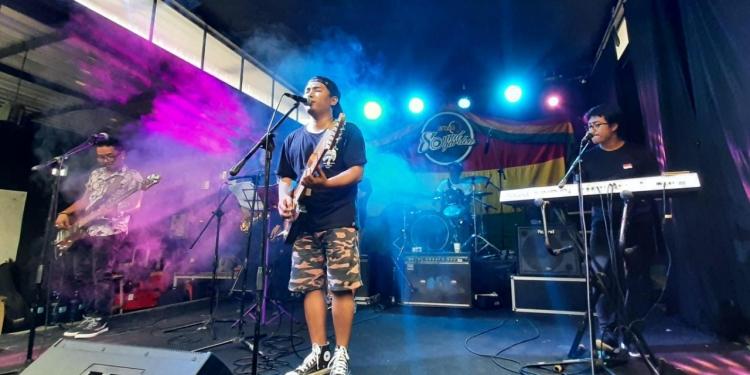 Sunday Reggae Santay