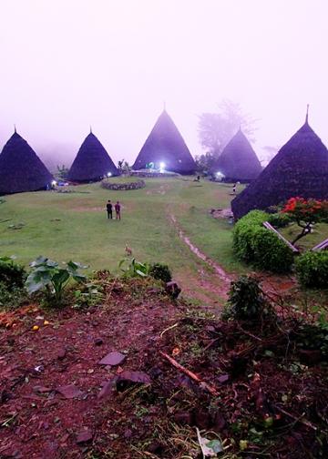 Kampung Wae REbo [IK Gde Subagia]