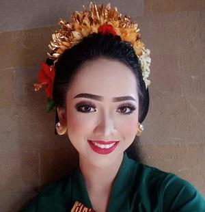 Komang Tri Herlina Dewi