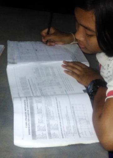 Dari Rumah, Menanti Kabar yang Tak Pasti/ Ayu Santika Dewi, SMAN Bali Mandara