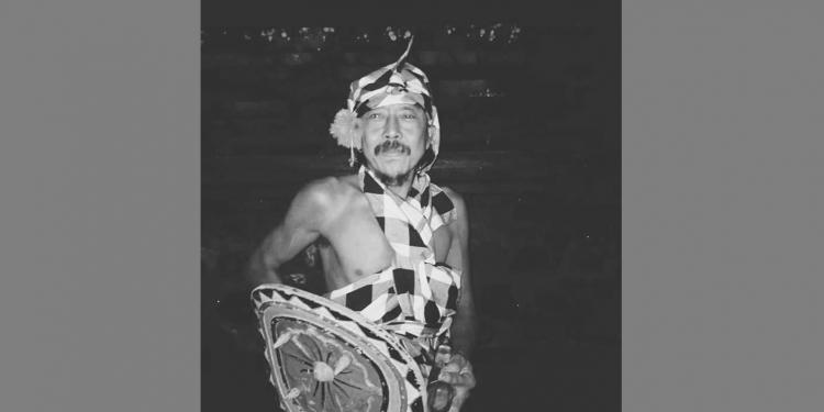 Tari Canglongleng {foto oleh Bendesa Desa Pakraman Dukuh Penaban, Karangasem.]