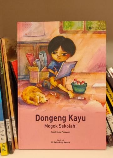 Buku Dongeng Kayu