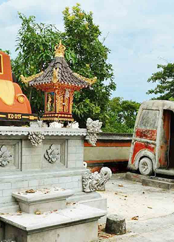 Pura Paluang (Pura Mobil). Sumber foto: nusapenidapanoramic.com