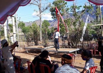 """Repertoar """"Pejabat Kembali Berjualan"""" oleh Komunitas Omah Laras di Hari Tani ke-60"""