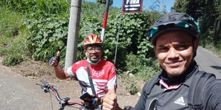 Gowes di jalur Desa Siakin, Kintamani dan -Desa Les, Tejakula
