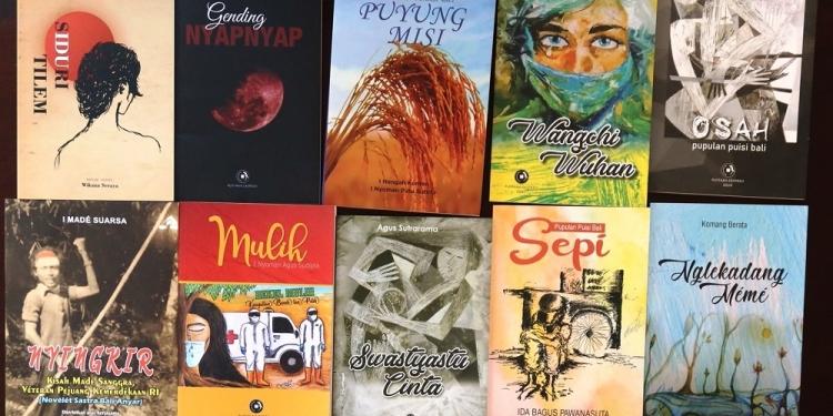 Buku-buku nominasi Hadiah Sastra Rancage 2021 yang kemudian dimenangkan buku Ngelekadang Meme karya Komang Berata