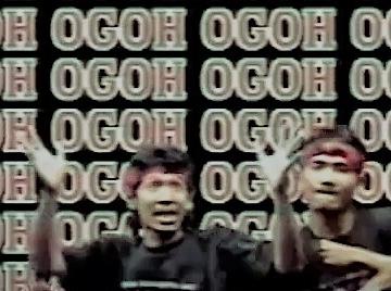 Okid Kres dan Yan Bero dalam video klip lagu Ogoh-ogoh
