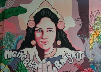 Foto Lukisan yang tergambar di Dinding Kulidan Kitchen