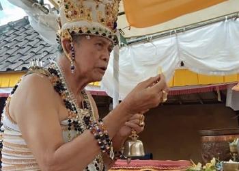 Ida Ratu Pandita Mpu Daksa Samyoga.