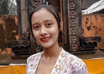Nitya | Gadis Hindu Jawa yang Bintang Dharmawacana Itu Pilih Kuliah di Singaraja